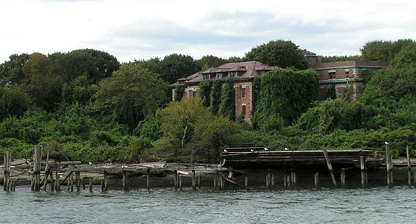 800px-Riverside_Hospital_North_Brother_Island