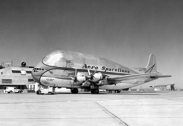 Aero Spacelines B-377PG Pregnant Guppy på Dryden AFB