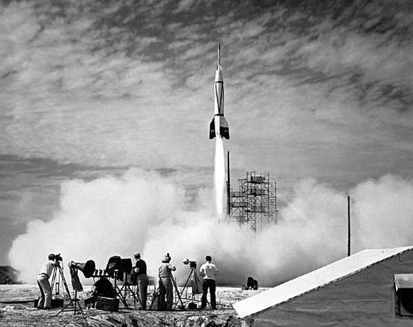 Lift-off for en Bumper raket på White Sands