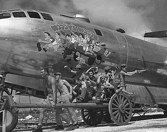 USAAF Boeing B-29-40-BW Superfortress med besætning