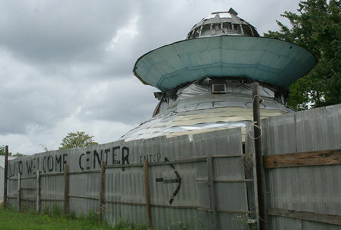 Hjemmelavet UFO..ok, stopper man for den, så keden man sig!