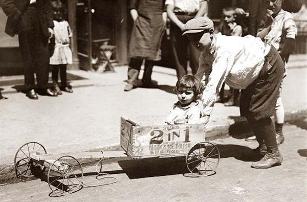 Meget tidlig model, af en Shoe Polish Box Car