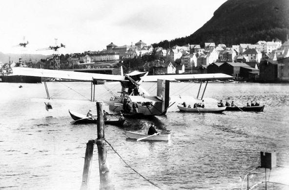 Amundsens eftersøgningsfly - eftersøges stadig